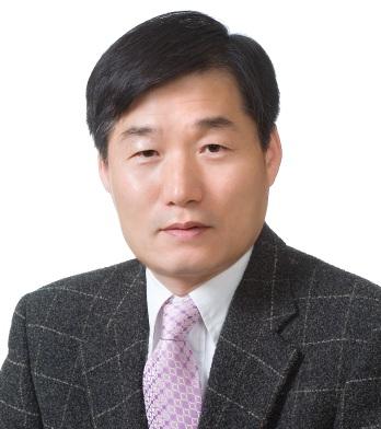 Keun Lee